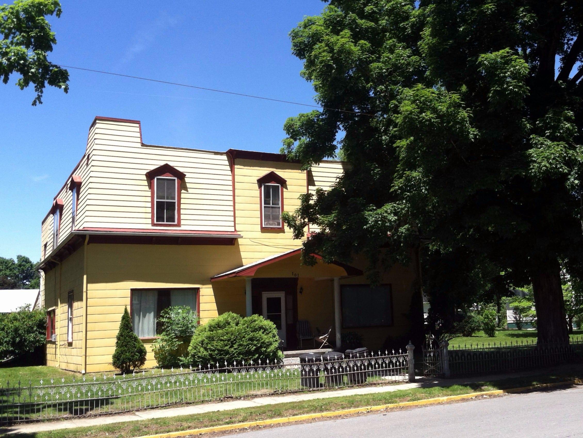 101 North Monroe St - Alderson